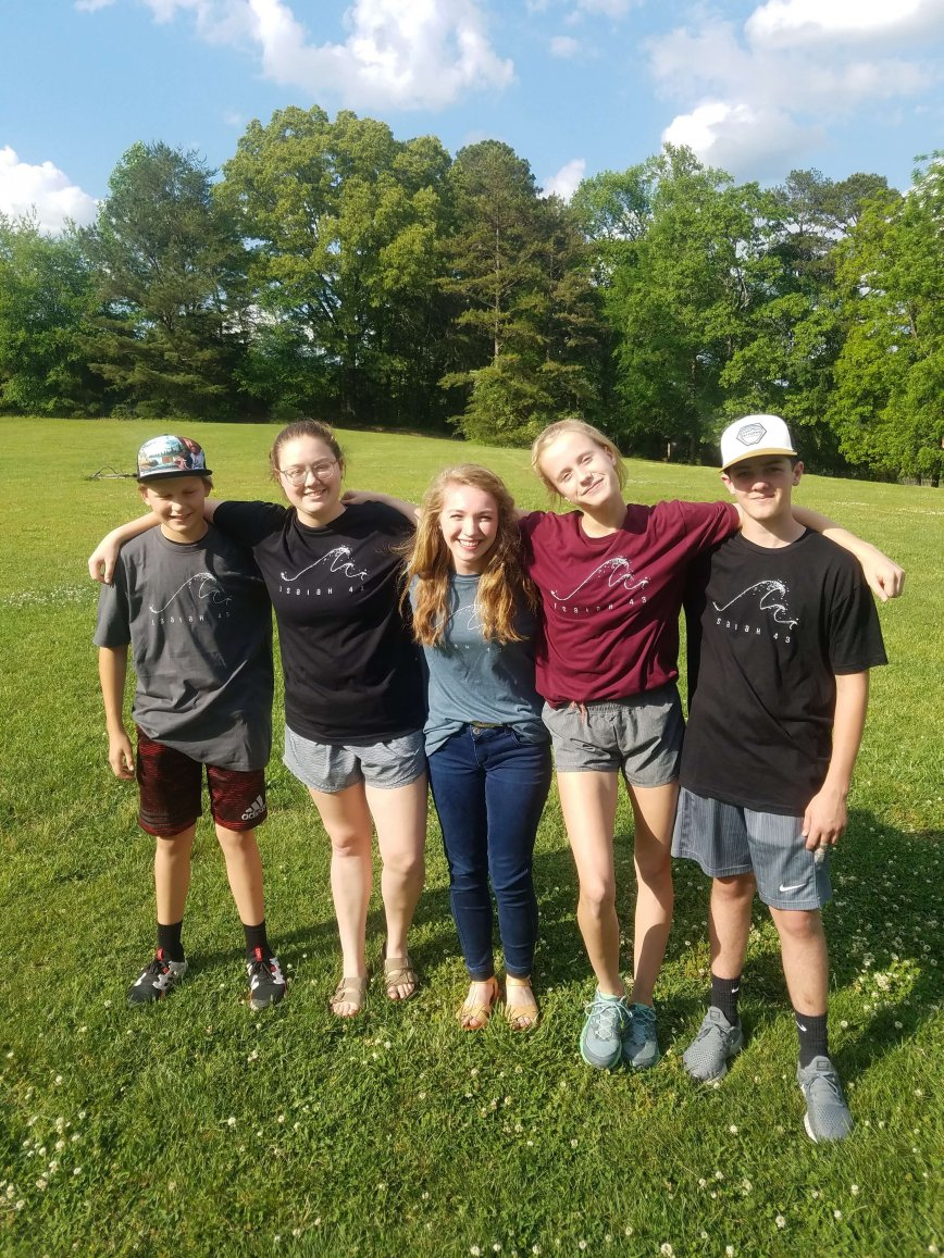 A Student Group Raises Funds for Youth Conference